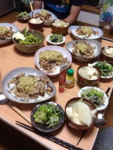 ネギ塩豚丼・おひたし・大根とネギと豆腐のみそ汁