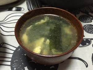 わかめスープもあるよ。