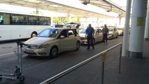 ドイツベンツ タクシー